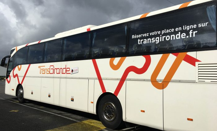 Covering bus transgironde
